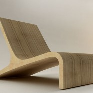 Flat lounge chair