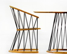 Geometry round table and chair